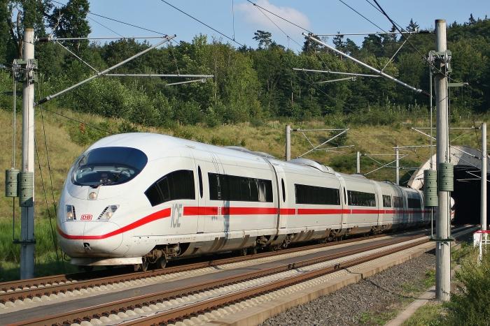 ICE поїзд
