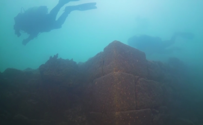руїни стародавнього замку
