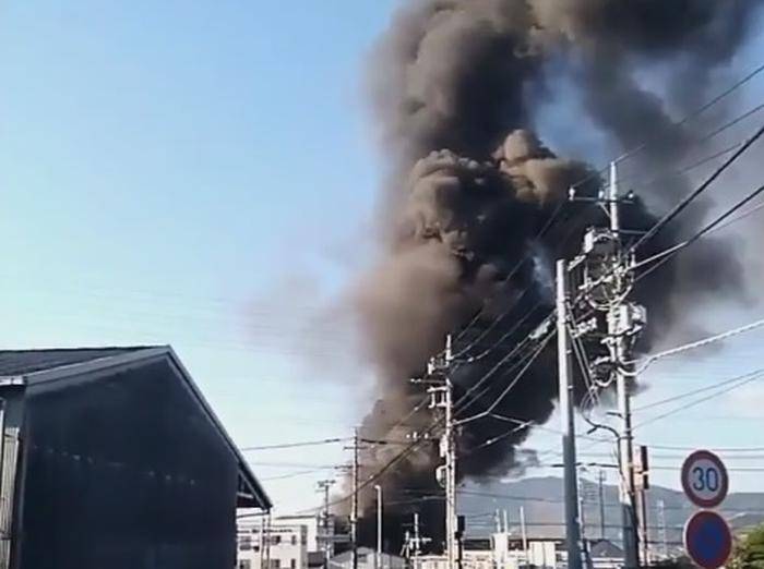 вибух на хімічному заводі японія