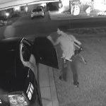 пограбував поліцейське авто