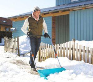 У Чехії три людини отримали інфаркт під час прибирання снігу