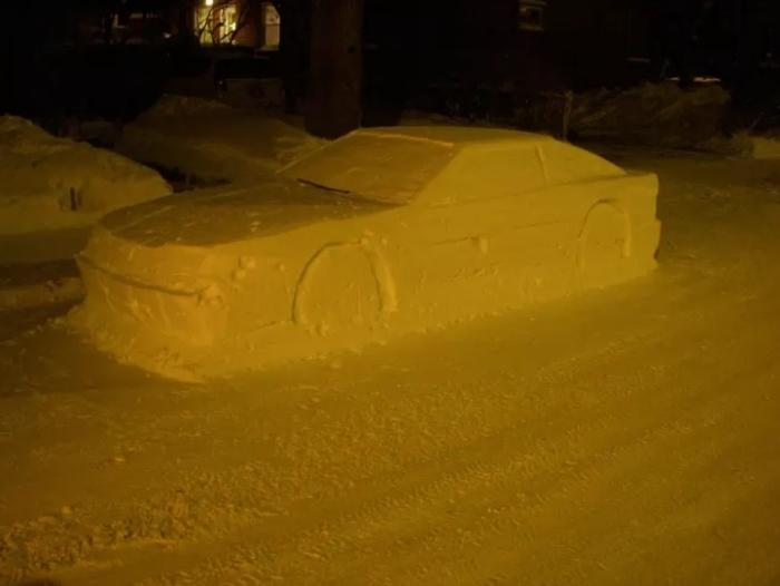 авто зі снігу