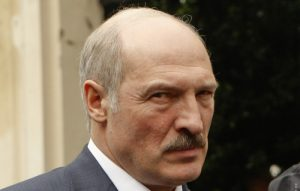 Лукашенко скасував «податок на дармоїдів