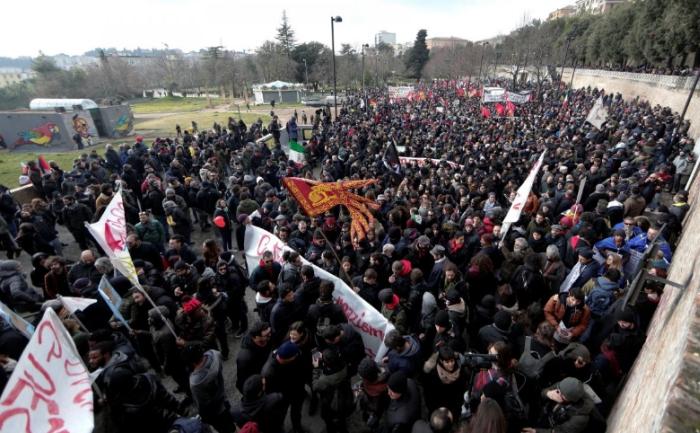 антирасистський мітинг італія