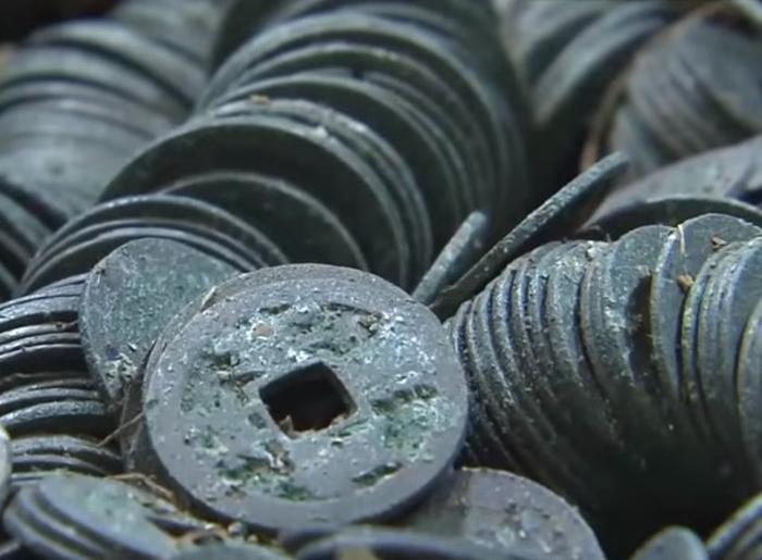 скарб монет японія
