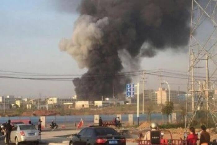 на сході Китаю стався вибух на заводі