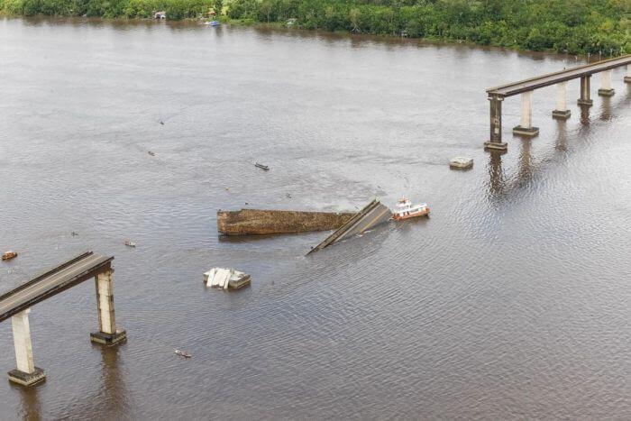 обвалення мосту в Бразилії