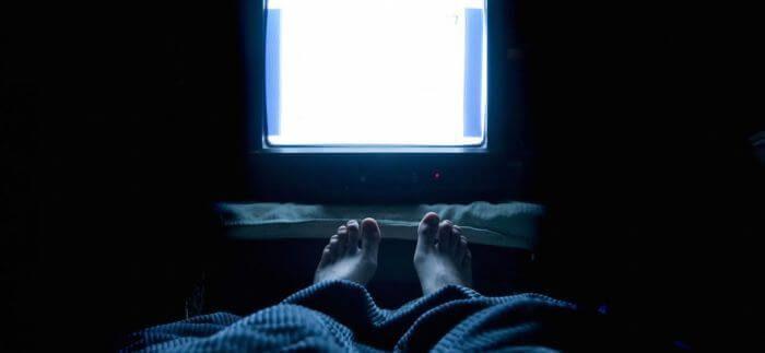сон включений телевізор